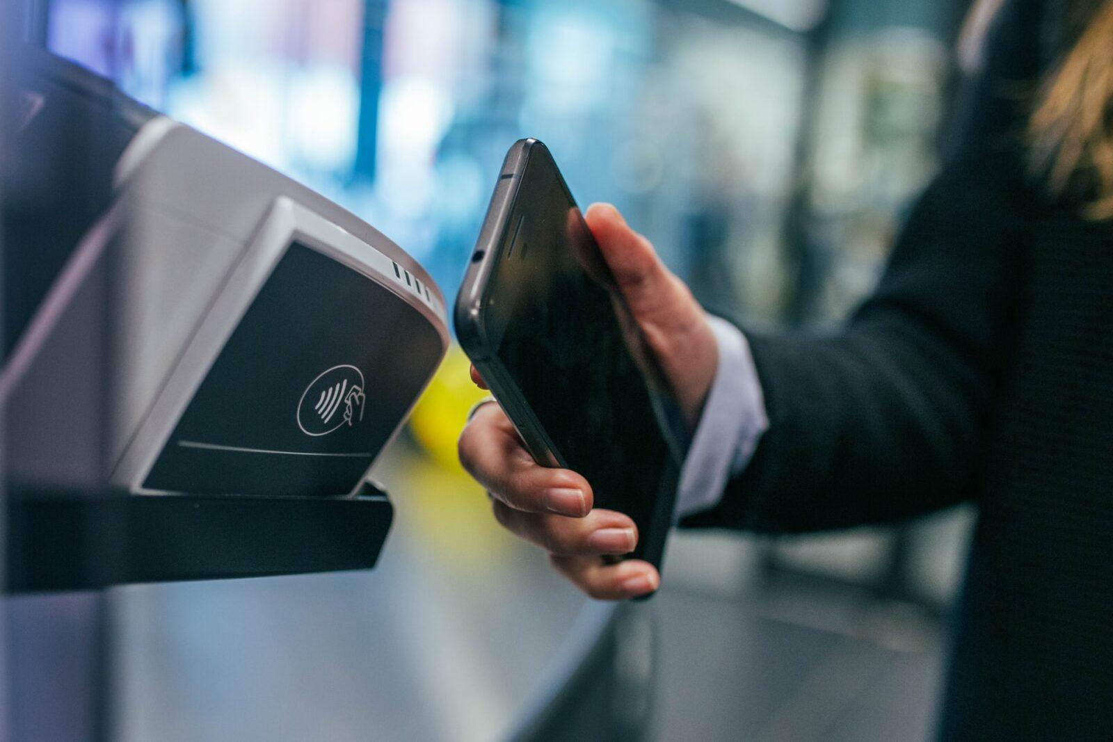 Zbliżeniowe płatności Samsung Pay