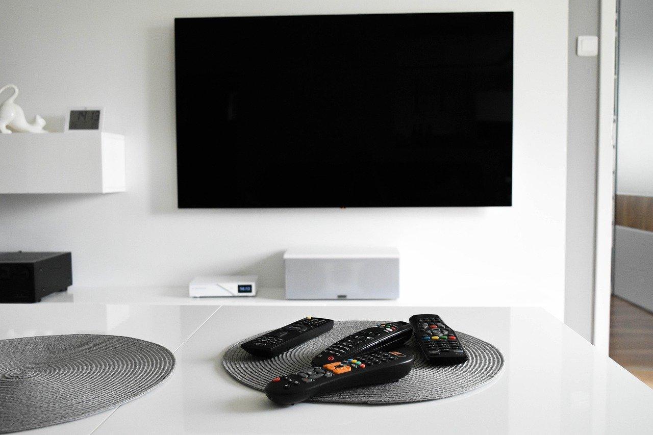 Jaki uchwyt pod telewizor zastosować?