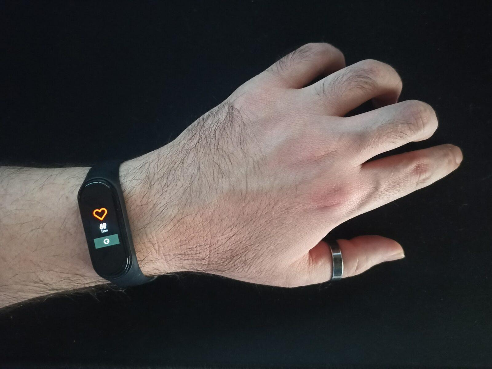 Smartwatch Gear Fit 2 - rencenzja zegarka od samsunga