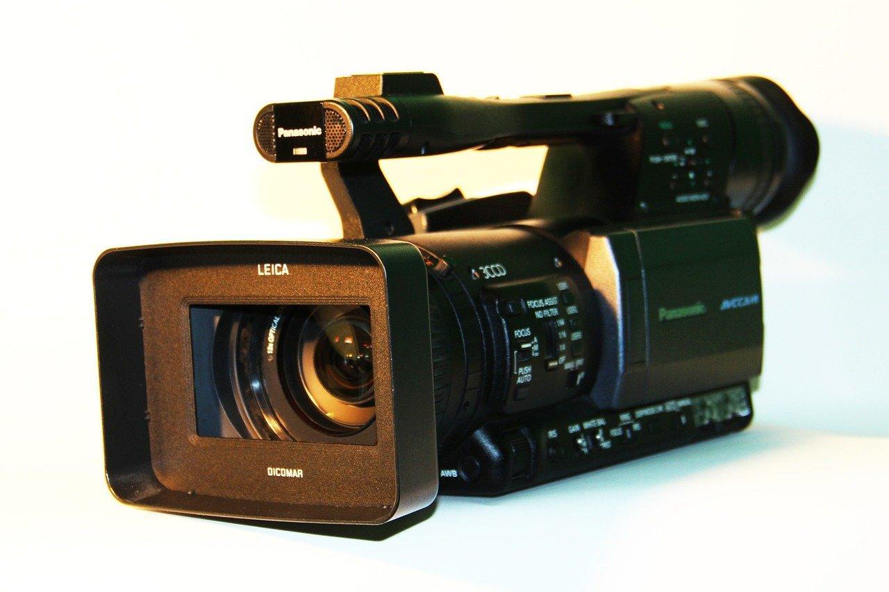Najlepsze kamery cyfrowe - na co zwrócić uwagę przy zakupie?