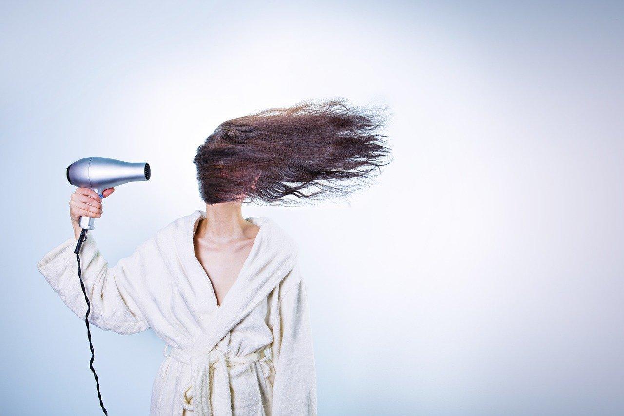 Dobra suszarka do włosów