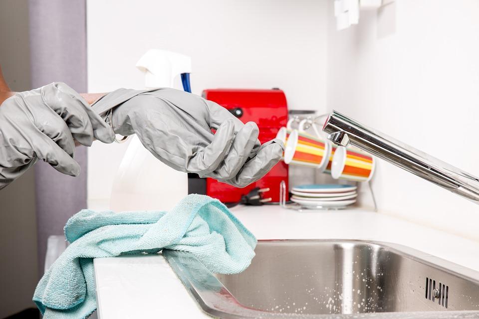 Usługi sprzątające potrzebne w każdej firmie