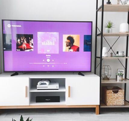 Telewizory z zakrzywionym ekranem